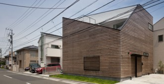House in Ofuna by LEVEL (Japan)