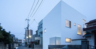 Osaka (Japan): House T by Takeshi Hamada