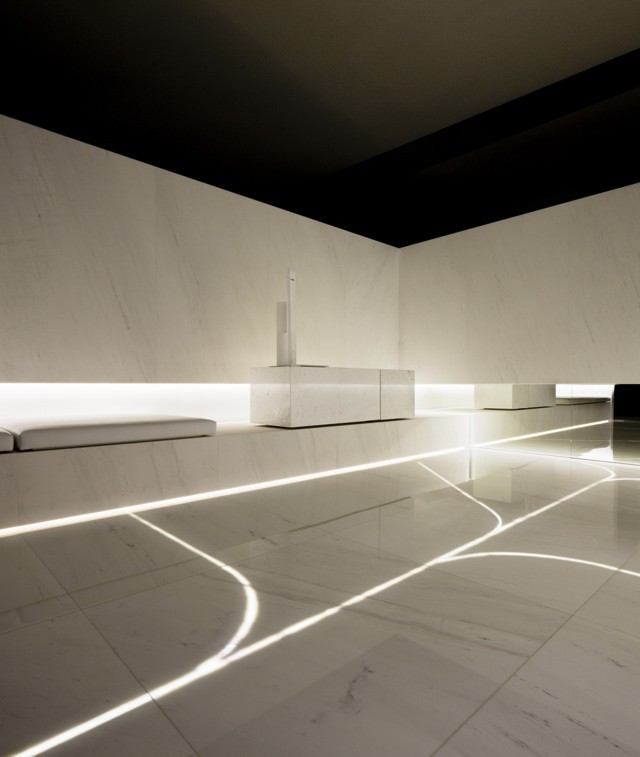 Spain blanc showroom l 39 antic colonial grupo porcelanosa - Porcelanosa alicante ...