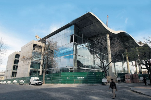 Argentina: Banco Ciudad Corporate Offices, Buenos Aires - Foster + Partners... construction images