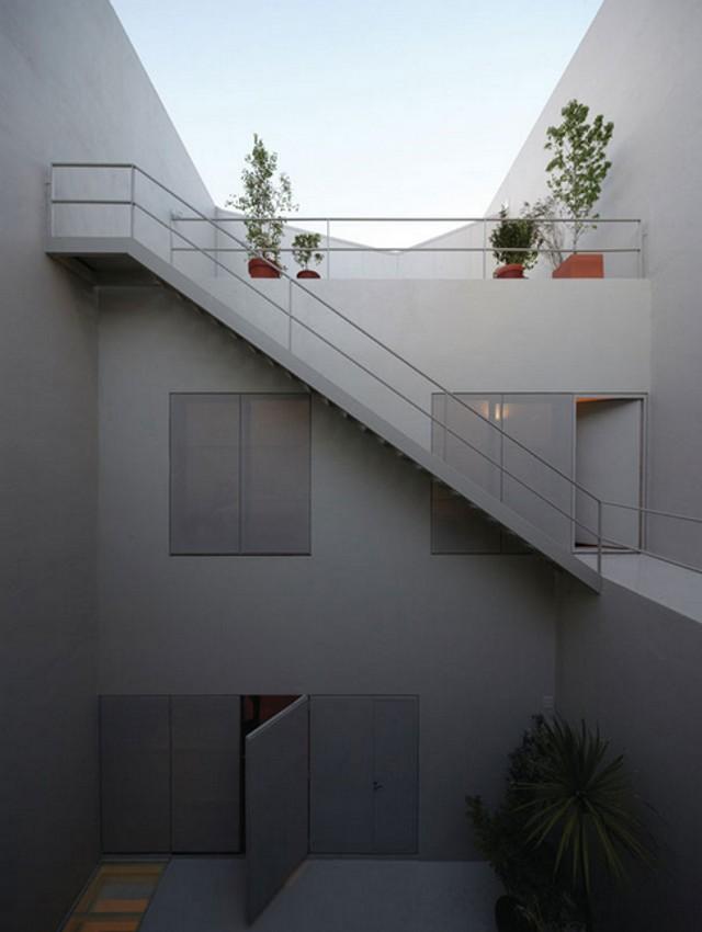 Argentina: Venturini House, Buenos Aires - Adamo-Faiden Arquitectos