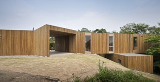 Japan: +node house, Hiroshima Prefecture - UID Architects